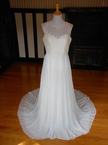 White One by Pronovias Wedding Dress Firenze