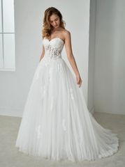 White One by Pronovias Wedding Dress Festa