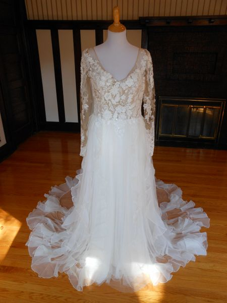 Pronovias Wedding Dress Essien