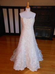 Bonny Bridal Wedding Dress 1410
