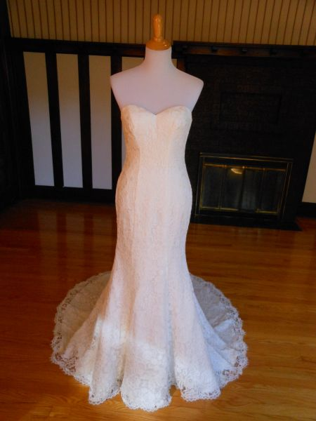Venus Bridal Wedding Dress AT4640X
