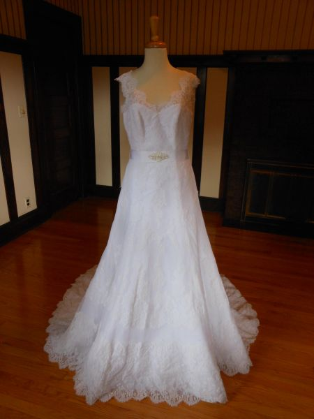 White One by Pronovias Wedding Dress Nido