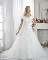 Bonny Bridal Wedding Dress 2620