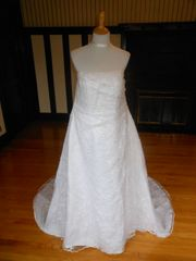 LILLY Bridal Wedding Dress 3W1497