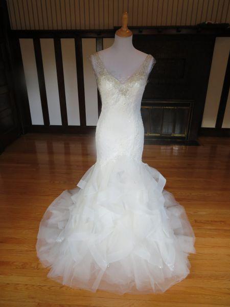San Patrick by Pronovias Wedding Dress Zarena