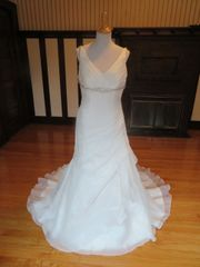 Aire Barcelona by Rosa Clara Wedding Dress ENS91