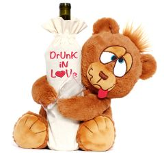 DRUNK IN LOVE BEAR W/ DRUNK HEART BOTTLE BAG