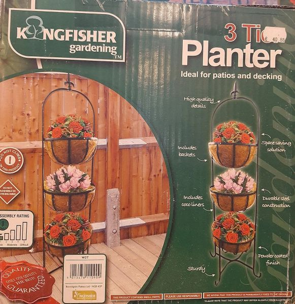 KINGFISHER 3 TIER PLANTER