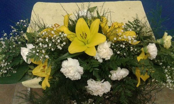 Oval Flower arrangement
