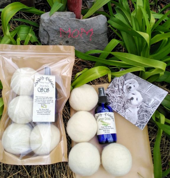 Mother's Day Gift - Dryer Ball Package with Farm Card