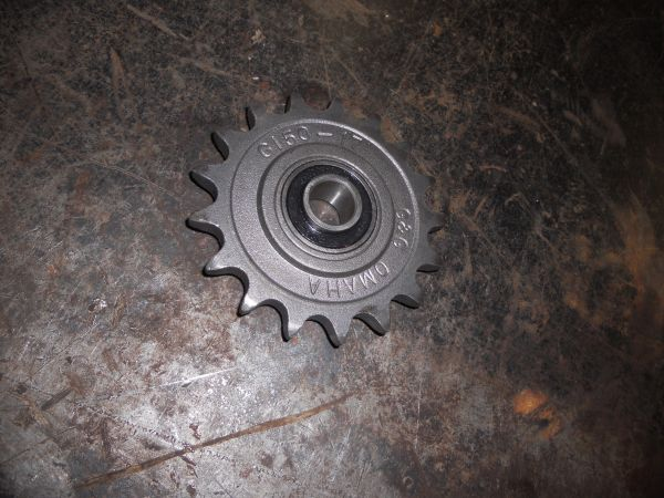GFI298009A1 Sprocket 17T-50 Idler Sprocket. Replaces OEM #298009A1. OEM Aetna.