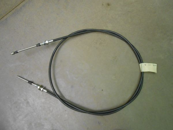 GFI687559 Hydraulic Deck Plate Cable, 8', for 2000-3000 Case IH series Corn Heads