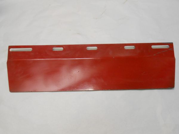 GIF87281667 FEEDER HOUSE ADJUSTER PLATE. FOR 2000/3000 SERIES CORN HEADS. TRANSITION PLATE. REPLACES CIH# 87281667