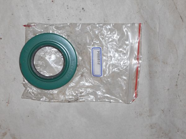 GFI199884C1 Seal Oil Stalk Roll Driven Shaft. Replaces OEM#199884C1