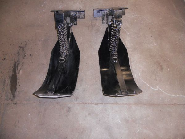 GFI83020 Stalk Stompers, Used\Refurbished. 2 stalk stompers per kit.