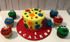 Sesame Street Cake/Cupcake Combo