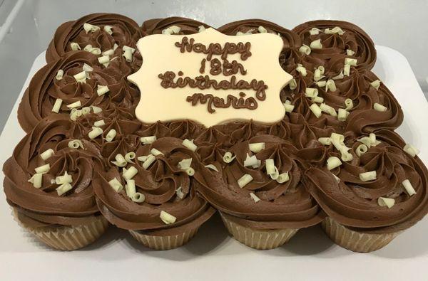Cupcake Sheet Cake (12 cupcakes)