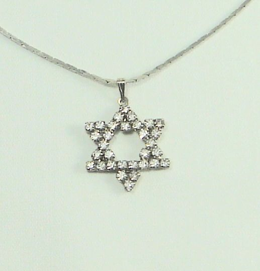 "Necklace Star Of David Crystals 1"" X 1"" includes a Chain 20"" Long - Sterling Silver"