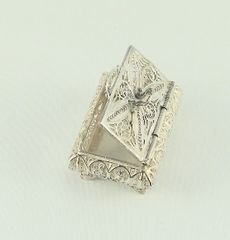 Spice Box Sterling Silver Filigree Box 2 In Wide X 1-3/8 In Depth X 1 In Tall One Of A Kind, - Made In Israel