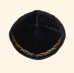 Kippah Velvet Black W/Gold Border Embroidered