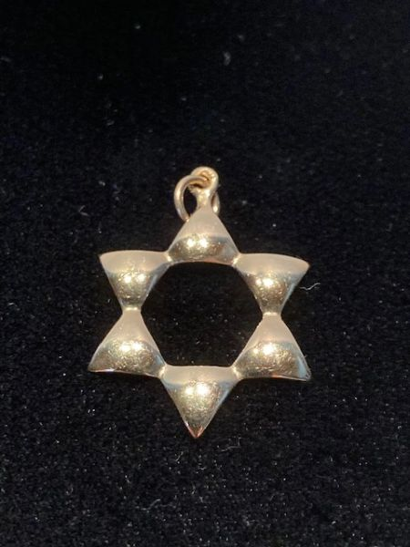 Star Of David 7/8 Inches 14 Kt