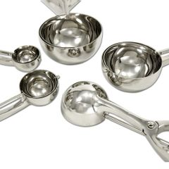 STAINLESS SCOOPS