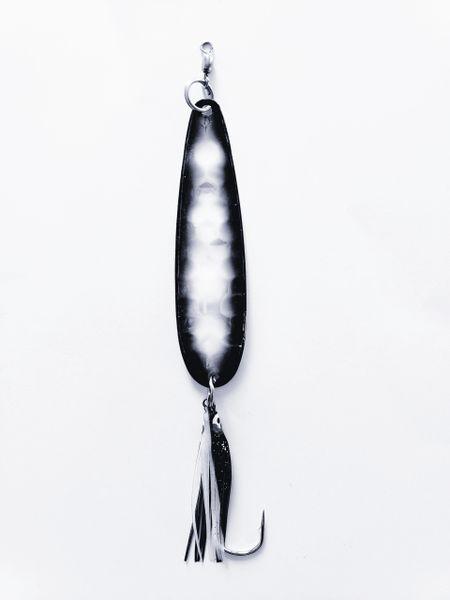 "#0600-1550 McOmie's 3 7/8"" Salmon Glow Spoon ""Black Pearl"" w/Hoochie"