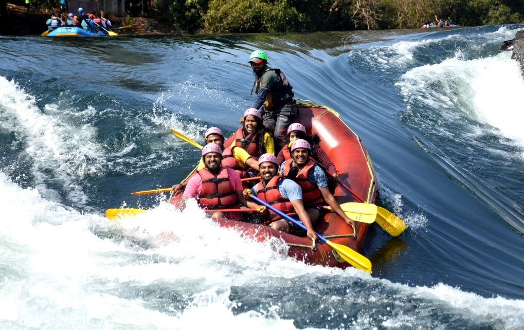 Dandeli river rafting booking / prices / packages /online reviews / rafting in Dandeli