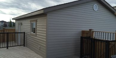 24x24 Double car garage with vinyl siding