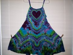 Heart Super Vee Peacock Short Dress