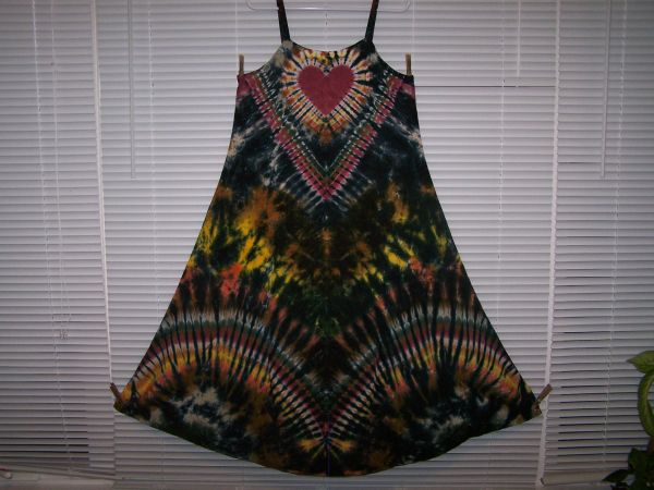 Ribbon Strap Earth Tone/ Black Super Vee Heart Dress