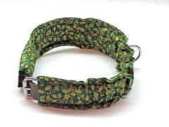Holiday Dog Collar - Holly Green