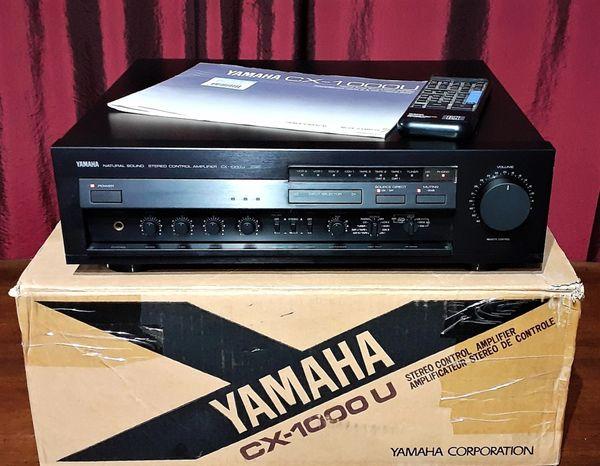 Yamaha CX-1000U Natural Sound Stereo Digital Pre-Amplifier 1990 Black