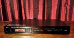 Vintage JVC FX-33 FM AM Computer Controlled Stereo Tuner