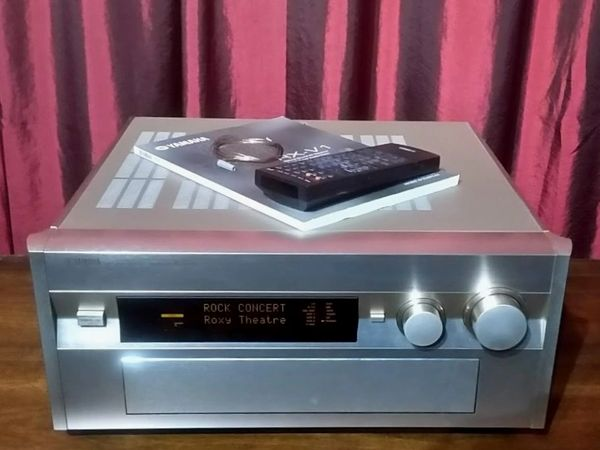 Yamaha RX-V1 Audio Video Receiver Gold With Phono Hook Up