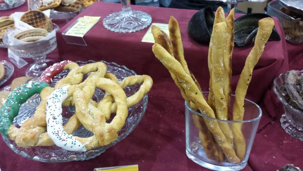 Cheesy Pretzels & breadsticks