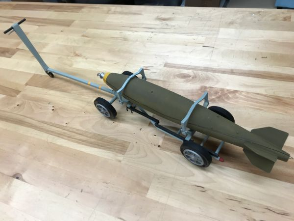 1/7 Scale Bomb/Missile Cart