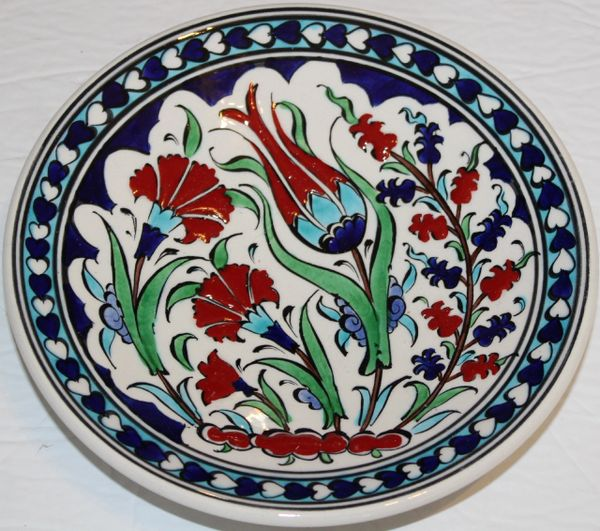 "7"" (18cm) Turkish Iznik Red Carnation, Tulip & Floral Pattern Ceramic Plate"
