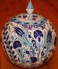 "11""x10"" Blue Handpainted Turkish Iznik Tulip Pattern Cini Jar Urn Canister"