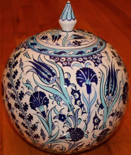 "11""x10"" Blue Handpainted Turkish Iznik Tulip Pattern Cini Jar Urn Canister"