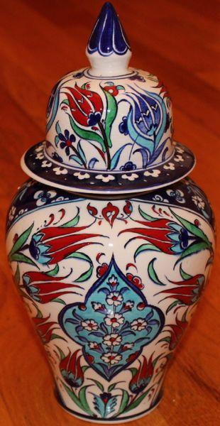 "12""x6"" Handpainted Turkish Iznik Red Tulip Pattern Cini Jar Urn Canister"