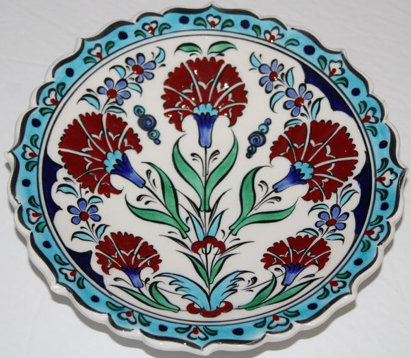 "7"" (18cm) Turkish Iznik Red Carnation & Floral Pattern Ceramic Plate"