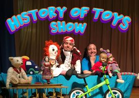 History of Toys theater show, live performances.