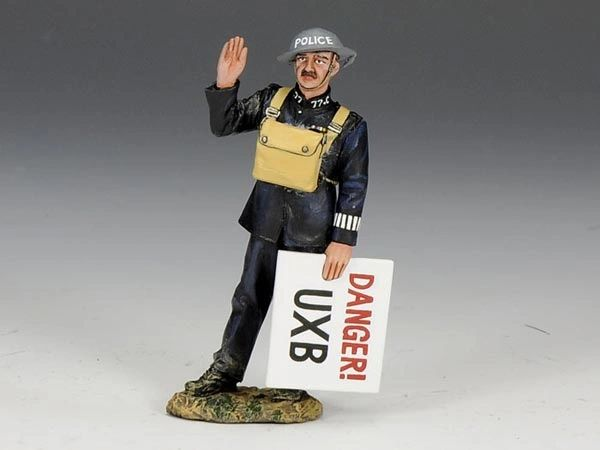 KING AND COUNTRY, FOB075, 1/30, BLITZ POLICE CONSTABLE (BOXED)
