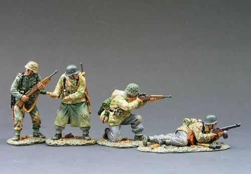 KING AND COUNTRY, WS064, 1/30 THE RUSSIAN ARE COMING (BOXED)