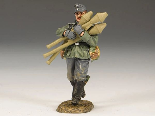 KING AND COUNTRY, WS183, 1/30, TANK KILLER (BOXED)