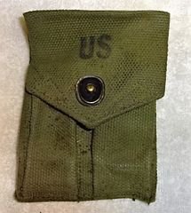 """US Ammunition Pouch for 1911 45 Auto, Post Viet Nam, marked """"US and """"D2'"""
