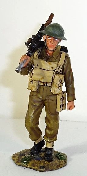 KING AND COUNTRY, FOB006, 1-30, BRITISH LEWIS GUNNER, (BOXED)