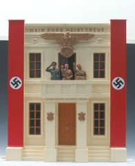 KING AND COUNTRY, LAH042, 1/30. HEADQUARTERS ENTRANCE, (2002 (BOXED) (2 AVAILABLE) additional shipping applies