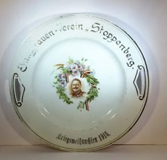 PLATE, YOUNG LADIES CLUB, STOPPENBERG GERMANY, 1916 CHRISTMAS PLATE